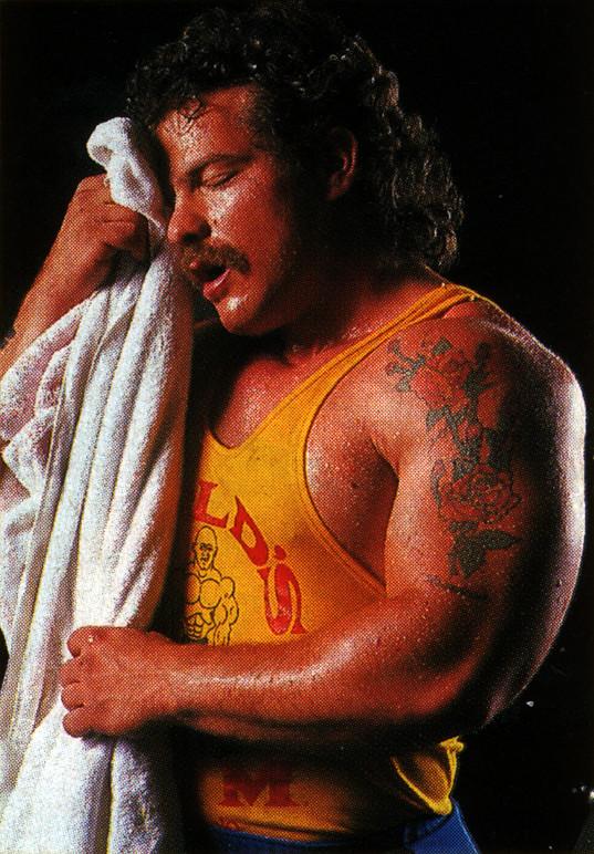 muscle_sweat_towel