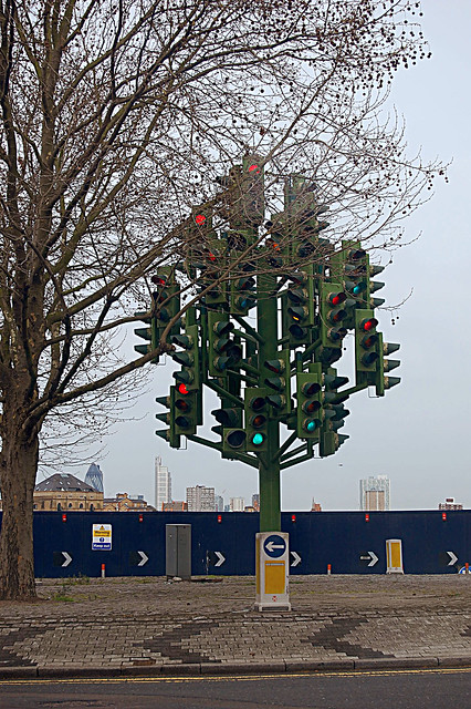 Canary Wharf Xmas tree