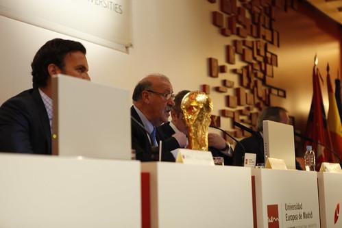 """Conferencia Vicente del Bosque """"Valores sociales y deporte: la Selección Española de fútbol"""""""