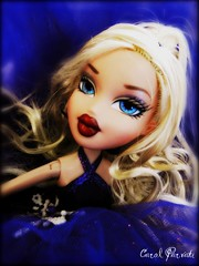 BRATZ NEXT TOP MODEL CYCLE 2 -- Eliminations (5th theme) (Carol Parvati ) Tags: holiday contest picnik elisa bratz cloe bntm carolparvati winterballbeauty