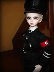 ::Alois:: (Bunraku Doll) Tags: boy uniform doll thirdreich nazi ace ss bjd alois dollfie dim  nazigermany deutschesreich schutzstaffel  terzoreich trancy