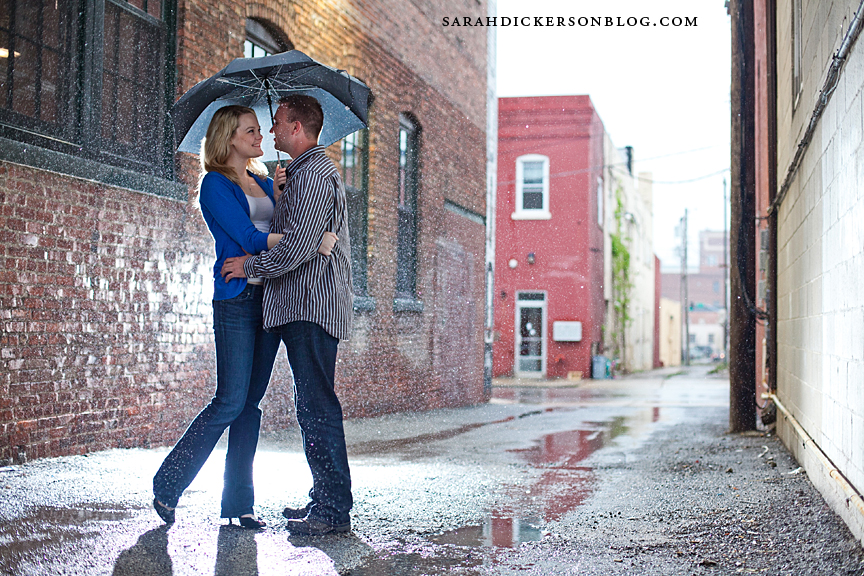 Kansas City Crossroads Arts District engagement photography