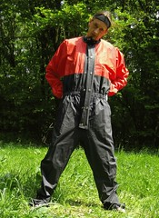 IMGP0485 (Karhu1) Tags: snow shiny suit glossy sweat nylon spandex sauna rainwear pvc leggings snowsuit overall