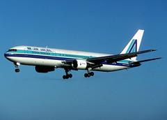 EI-CAL Boeing 767-3Y0ER (Irish251) Tags: ireland dublin film airport slide kodachrome boeing dub aerlingus 767 767300 eidw 7673y0er airaruba eical