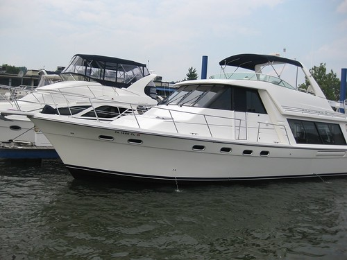 2002 Bayliner 4788 Pilothouse Yacht