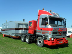 TV0536-llandudno. (day 192) Tags: lorry llandudno lorries foden fairgroud 4410 transportrally fairgroundtransport llandudnotransportfestival l989hyf