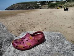 Mawgan Porth beach (tvordj) Tags: pink beach landscape rocks cornwall footwear bigmomma challengeyouwinner yourock1st pregamewinner