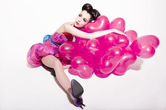 [Free Image] People, Women, Fashion, Balloon, Heart, 201109301300
