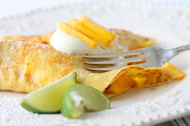 mango-crepes