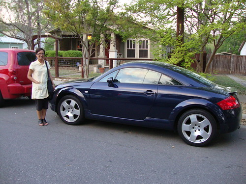 Antoinette and her hot car