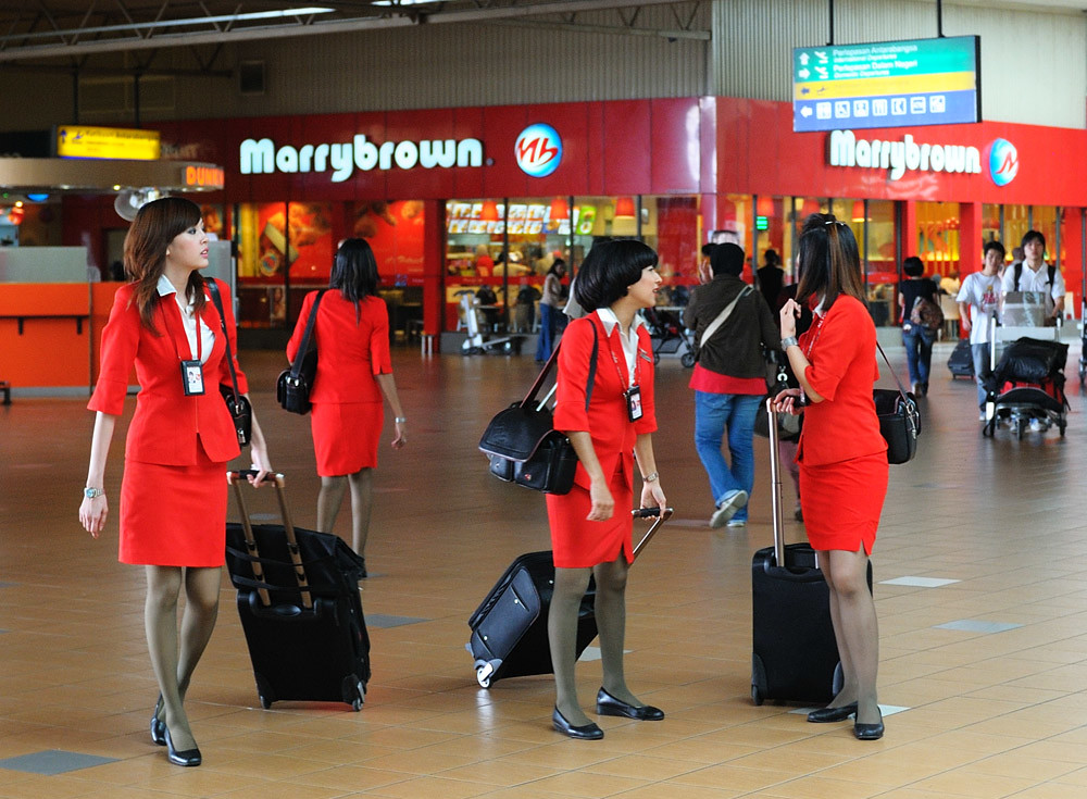 Malay airline hostess - 3 2