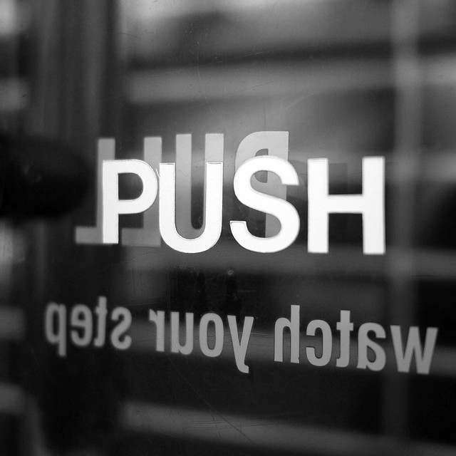 Push & Pull typography on Grand St #walkingtoworktoday