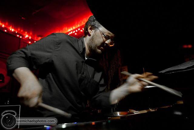 Nathan Hubbard at Tin Can Ale House 41211 © Michael Klayman-005