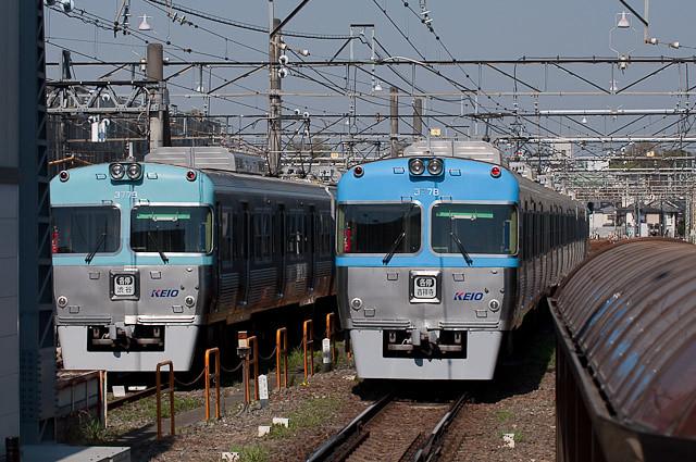 京王電鉄3000系3029Fと3028F