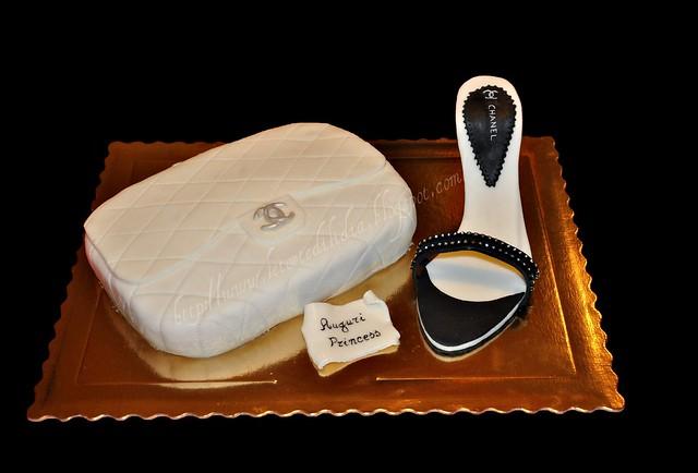 Pochette e Sandalo Chanel