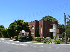 Beaumont Estate, Ivanhoe