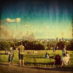 London HOT (grotography) Tags: people london grass nikon d2x parks hamsteadheath texturesquared grotography