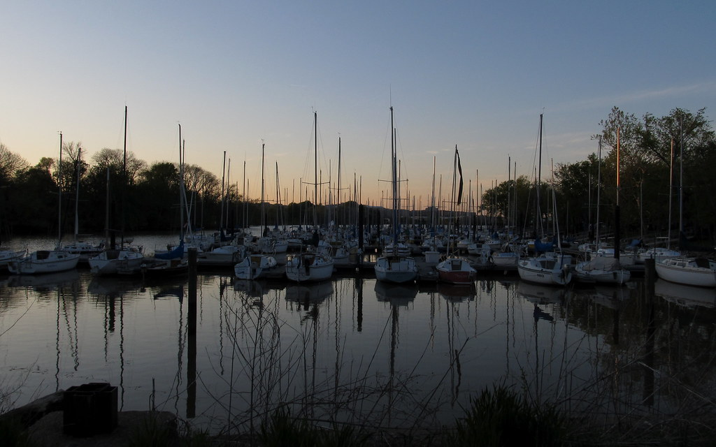 Powtomak Harbor, Alexandria Va: winter sunset