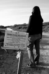 non si fa! (ramon de pascalis) Tags: blackandwhite white black e bianco nero salento biancoenero divieto