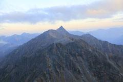 北穂から見た槍ヶ岳