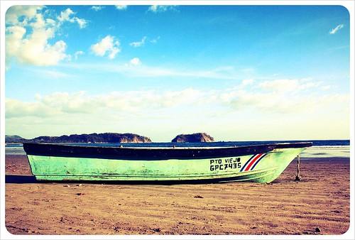 Samara beach boat