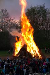 20110430-6580.jpg (snapshot_foto) Tags: sunset fire spring bonfire valborg vår solnedgång eld walpurgis brasa
