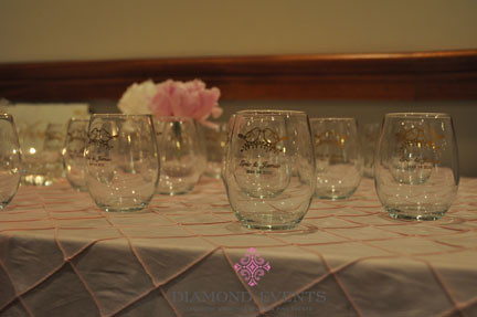 Wine glass wedding favors