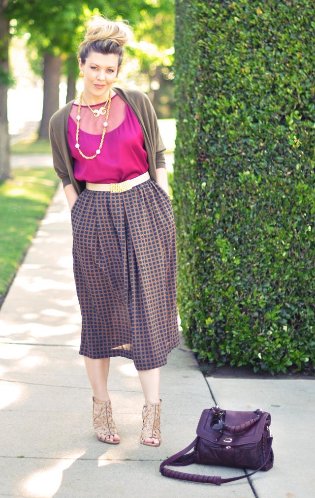 vintage skirt + vintage belt + vintage jewelry + big bun