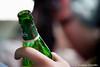 Cerveza en la mano (By © Jesús Jiménez) Tags: detalle color macro portugal canon photography jc braga jesús repúblicaportuguesa 450d canon450d canoneos450d kdd´s n309 kdd´svigo jesúsjiménezcarcelén estradanacional309 jesúsjcphotography