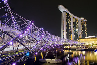 Marina Bay Sands Hotel + Helix Bridge
