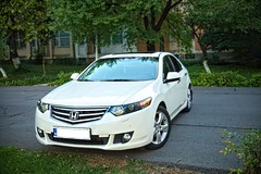 IMG_5608_6 (Killer_533) Tags: honda accord executive 20 petrol white 2010 euro dual chromed exhaust led lights car leather