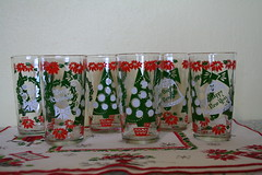 Set of Six Vintage Christmas Glasses (honor) Tags: christmas new winter holiday happy glasses year drinking kitsch 1950s 50s merry glassware barware etsyveg