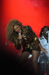 Beyonce (Florence Beasley) Tags: love festival night crazy pyramid song stage sunday glastonbury opening headliner beyonce 2011
