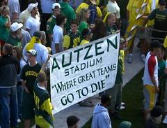 autzen does it again (Pigeonherder) Tags: oklahoma oregon football ducks sooners autzen