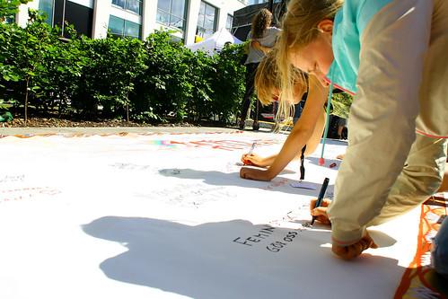 Skriv ditt budskap på Agerafestivalen Fredag