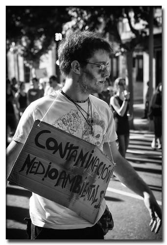 Contaminación by Andrés Ñíguez