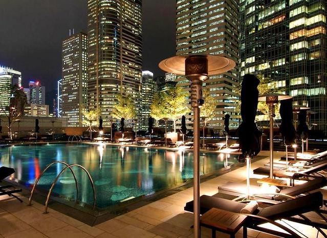 フォーシーズンズ ホテル 香港のオススメポイント:プール