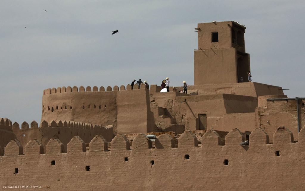 Les remparts de Khiva, avec la tour du Cheik Blanc