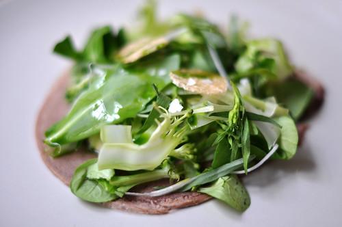 Kalvetunge med salat og røget mayonnaise