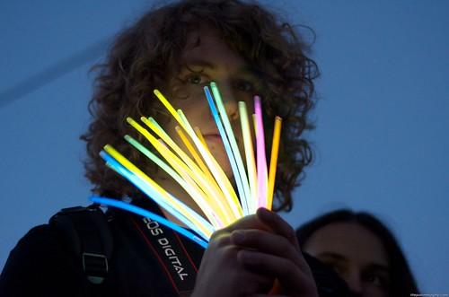 Alex + Glowsticks