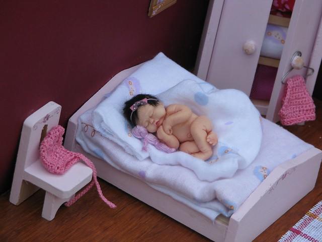 bebelusi miniatura 172