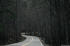 Tail of the Dragon (gravescout) Tags: road mountains vanishingpoint dragon smokymountains easttennessee tailofthedragon scenicroad takenfromthecar takenfromcar