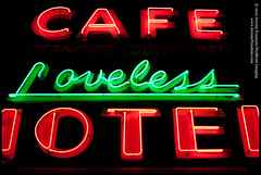 Loveless Cafe (jeremy.fountain) Tags: signs neon tn nashville motels davidsoncountytn jeremyfountaincom