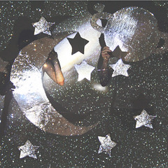 I mondi in garage (la_sendi) Tags: world moon stars lights garage luna io galaxy planet tu stelle mondo pianeti galassia