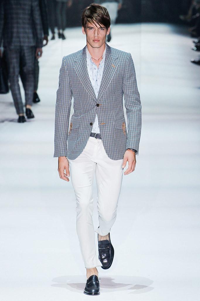 SS12 Milan Gucci026_Mark Cox(VOGUEcom)