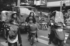 台北1998-84 (8hai - photography) Tags: b taiwan yang 1998 taipei bahai 台北 hui yanghui taipei台北19981999