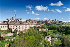 siena (heavenuphere) Tags: world city italy heritage church skyline landscape outdoors site europe italia view cathedral centre hill historic unesco tuscany siena duomo toscana 1022mm gi