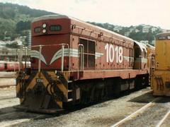 DB1018 Wellington May 1980 (AA654) Tags: newzealand diesel rail loco db wellington locomotive 1018 railways g8 emd nzr