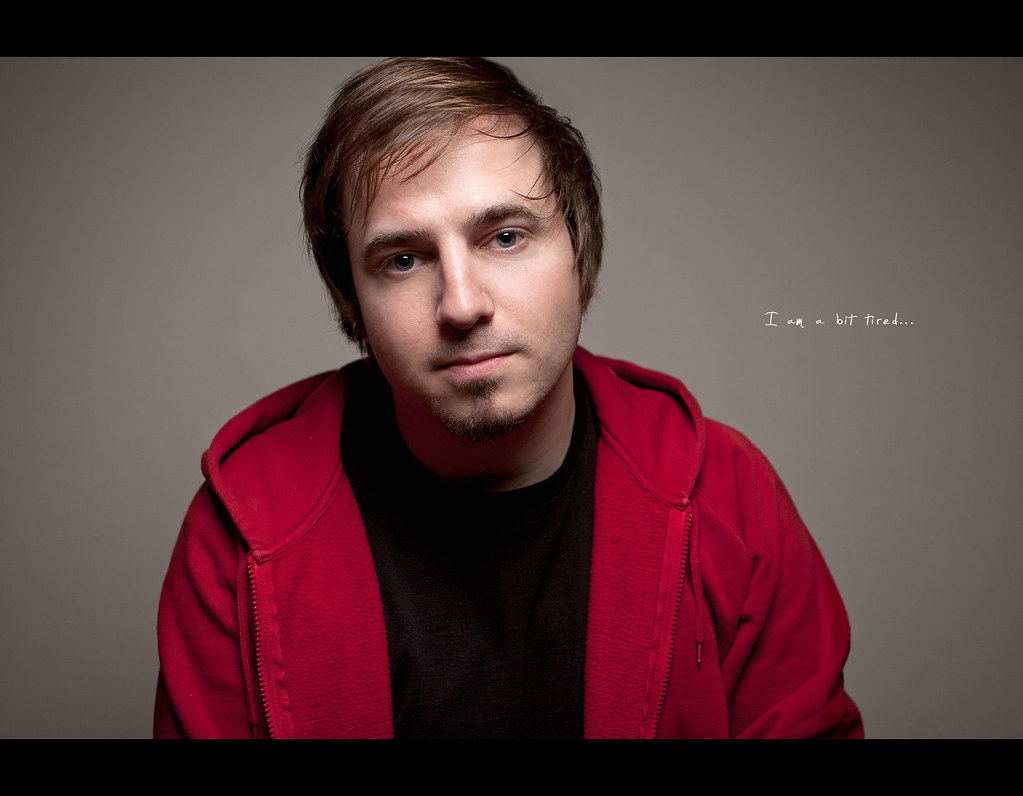 Project 365, Day 319, 319/365, Strobist, bokeh, self portrait, Canon ef 24-70 f2.8, tired, red jacket, onelight,