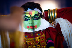 Kathakali Perfomer - Getting ready for performance (Vidhy_S) Tags: people availablelight performing arts kerala za kathakali sonnart18135